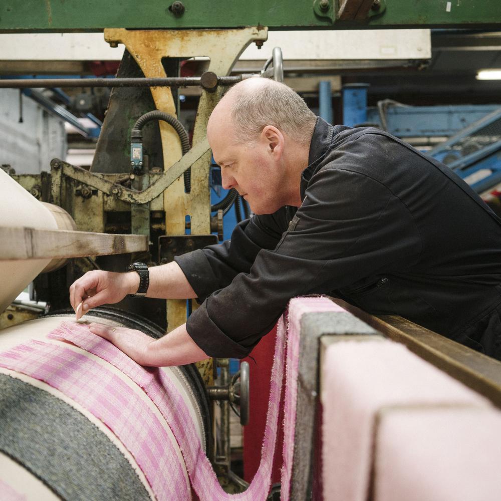master artisans Discover 12 Singular Master Artisans from Europe Homo Faber Craftsmanship Venice Singular Talents Artisans Carloway Mill HARRIS TWEED UK