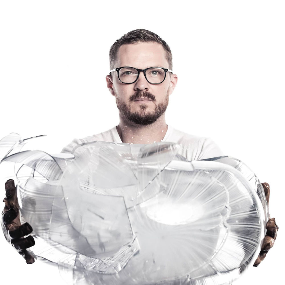 Jeremy Maxwell Wintrebert, Glass blower at Homo Faber Conferences homo faber Complete Programme of Homo Faber 2018 Conferences Complete Programme of Homo Faber 2018 Conferences Jeremy Maxwell Wintrebert Glass blower
