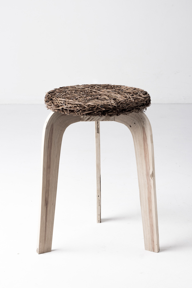 7 Portuguese Talented Artisans You Must Know Samuel Reis pine stool portuguese talented artisans 7 Portuguese Talented Artisans You Must Know 7 Portuguese Talented Artisans You Must Know Samuel Reis pine stool