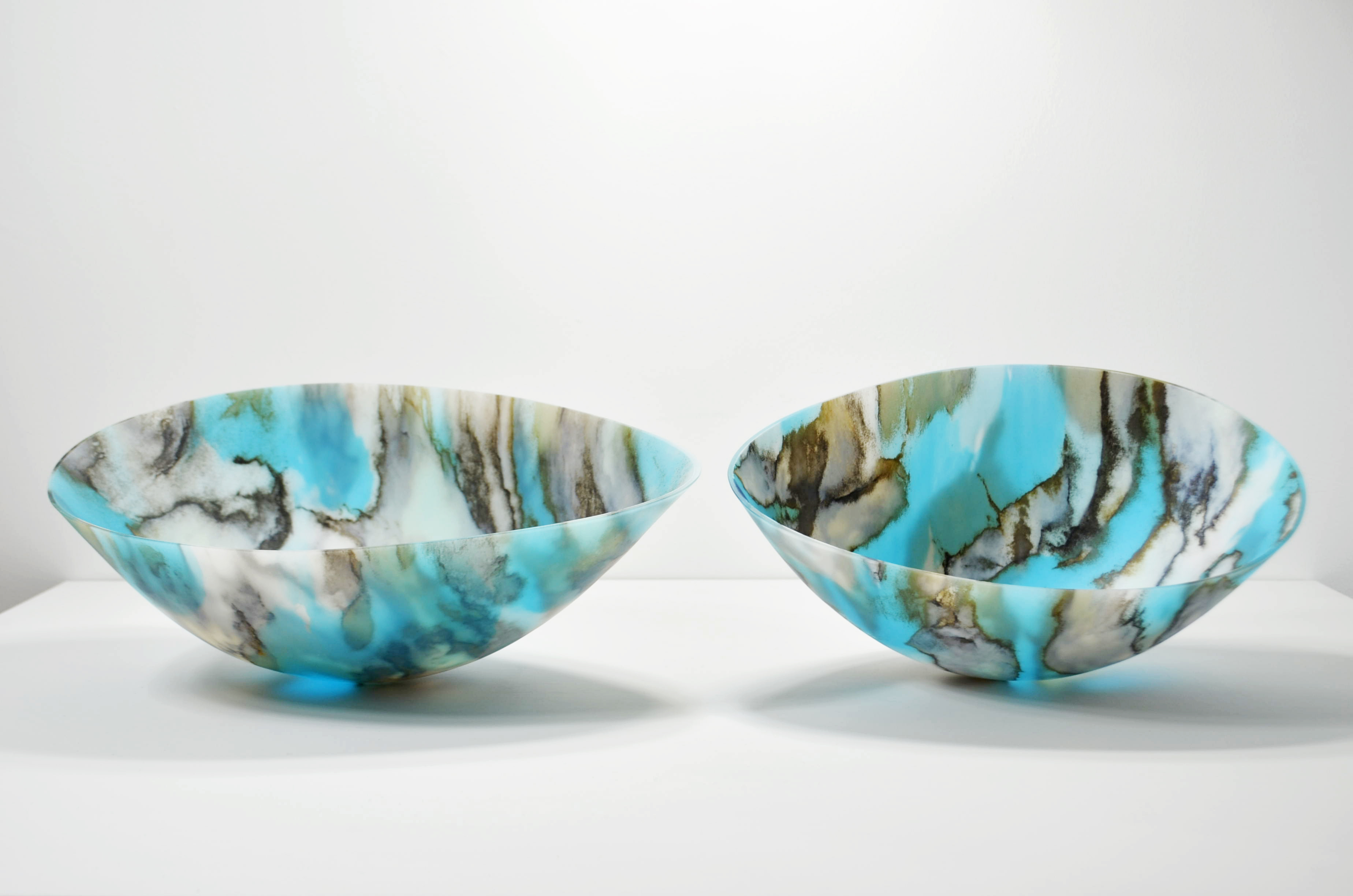 The Best of Glass Sculpture and Glasswork Art: Amanda Simmons glasswork The Best of Glass Sculpture and Glasswork Art: Amanda Simmons Amanda Simmons Skyform Duo