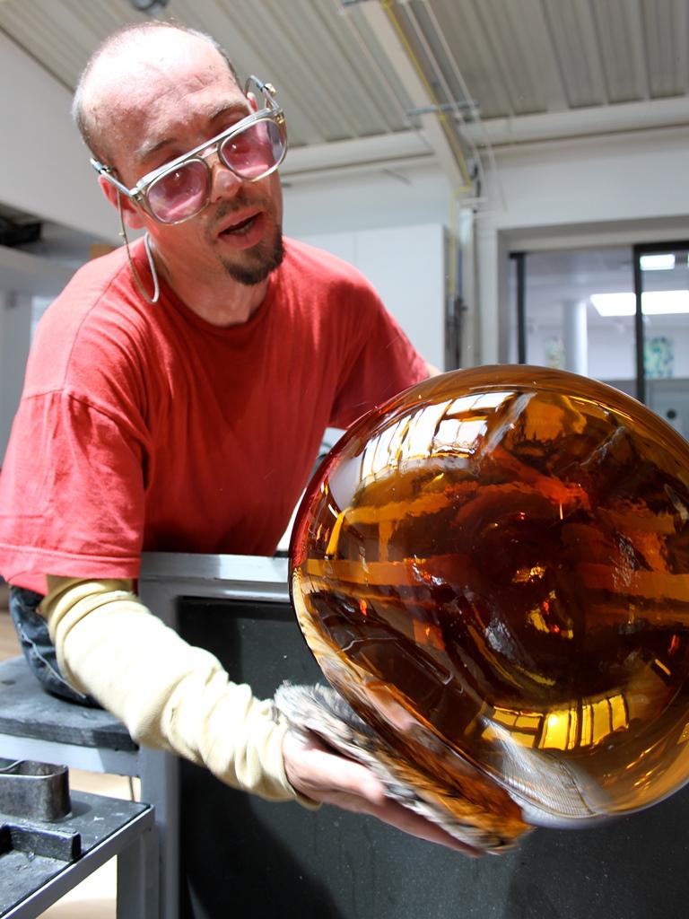 The Best of Glass Art: Gérald Vatrin glass sculpture The Best of Glass Sculpture and Glassblowing Art: Gérald Vatrin A0351 VATRIN HOM1