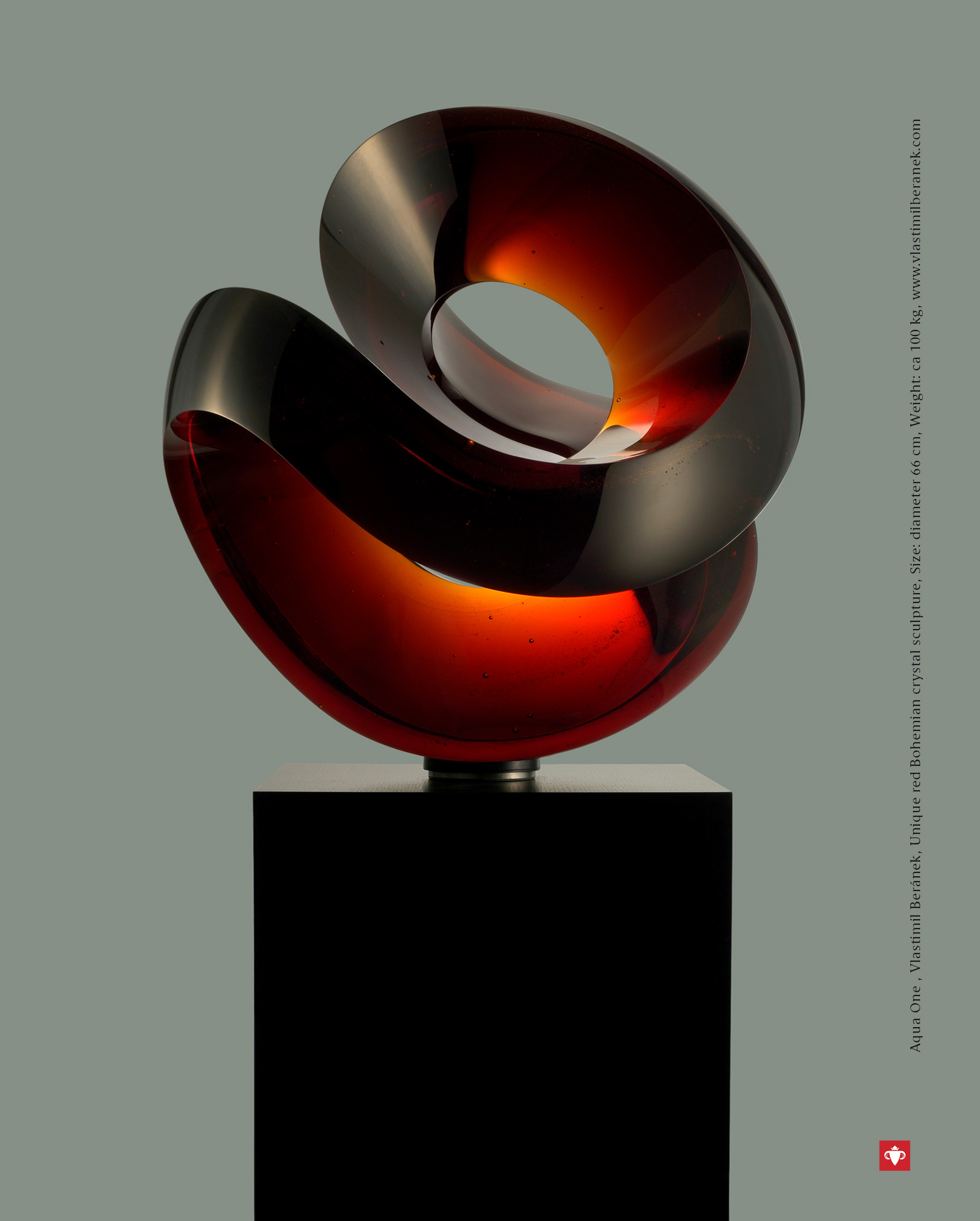 The Best of Glass Art: Vlastimil Beránek glass sculpture The Best of Glass Sculpture Art: Vlastimil Beránek Aqua One Red Vlastimil Beranek