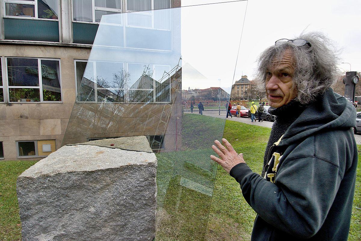 The Best of Glass Sculpture Art: Marian Karel glass sculpture The Best of Glass Sculpture Art: Marian Karel Marian Karel