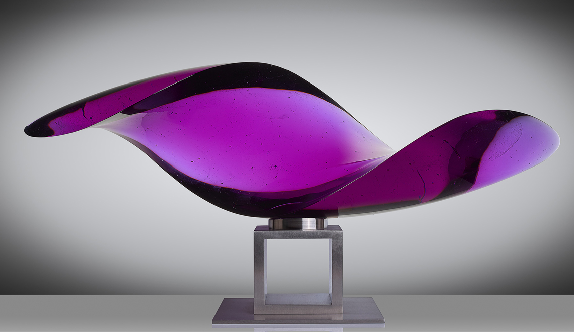 glass sculpture The Best of Glass Sculpture Art: Vlastimil Beránek Vlastimil Beranek Shell Violet 1140x660 1