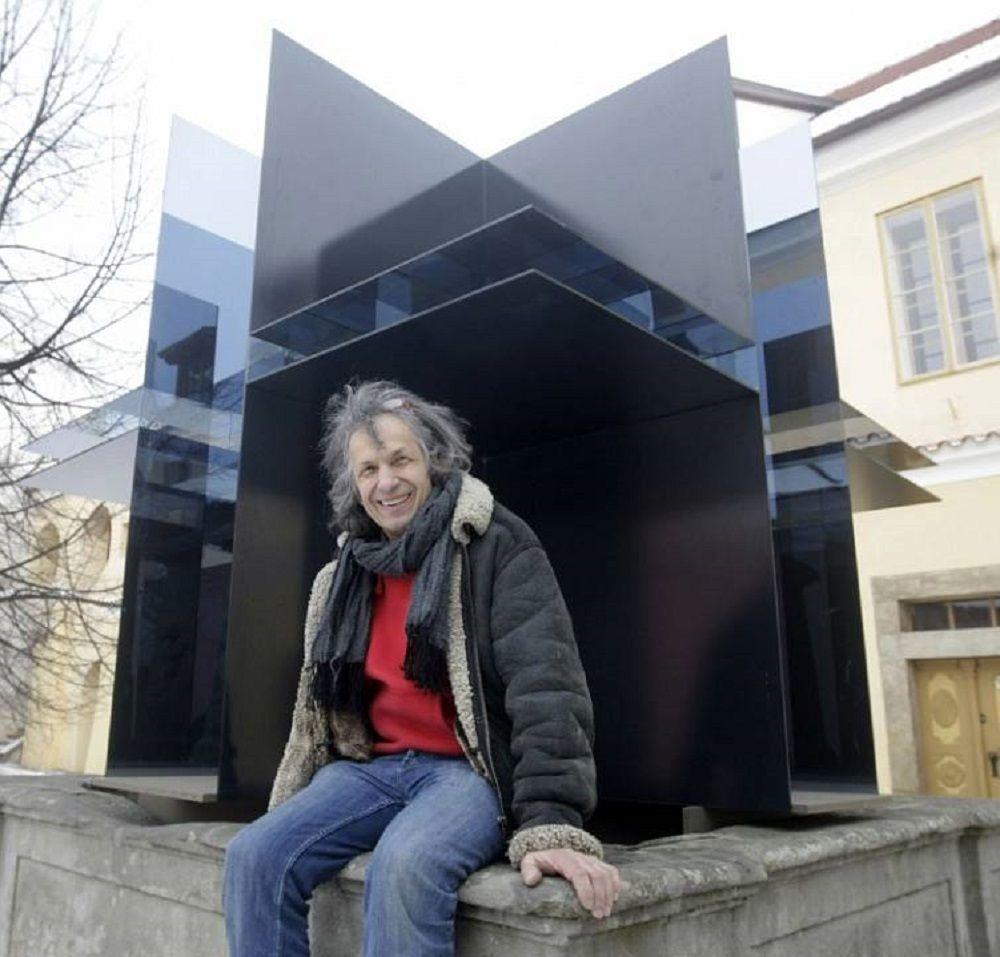 The Best of Glass Art: Marian Karel glass sculpture The Best of Glass Sculpture Art: Marian Karel ace1424fc9e6b584578fe072b942ebbb