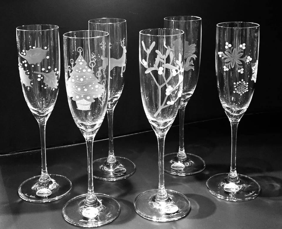 Exclusive Interview with Vanessa Cavallaro – Glass Engraving Art - Christmas Glasses vanessa cavallaro Exclusive Interview with Vanessa Cavallaro – Glass Engraving Art Exclusive Interview with Cavallaro     Glass Engraving Art Christmas Glasses
