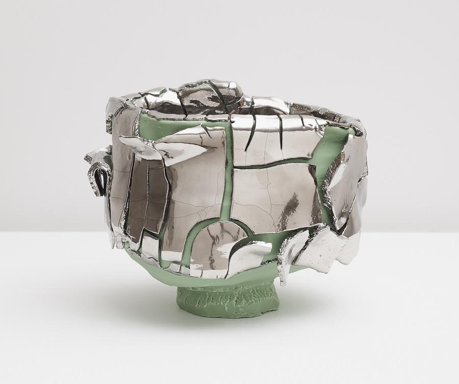 Extraordinary Contemporary Sculptures by Takuro Kuwata - Gleen-slipped Platinum Kairagi Shino bowl takuro kuwata Extraordinary Contemporary Sculptures by Takuro Kuwata Extraordinary Contemporary Sculptures by Takuro Kuwata Gleen slipped Platinum Kairagi Shino bowl