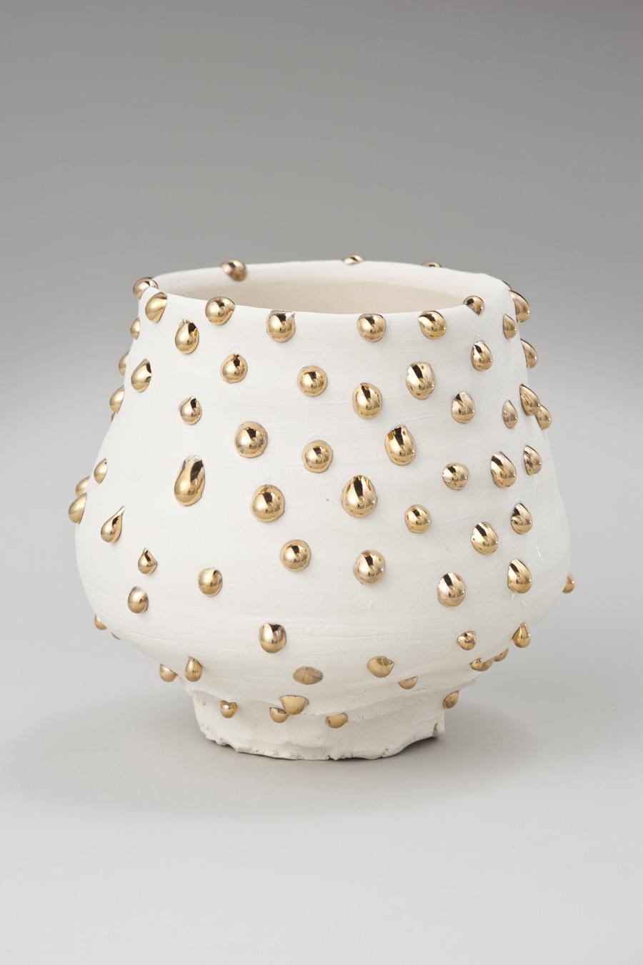 Extraordinary Contemporary Sculptures by Takuro Kuwata - White-porcelain Gold-drips bowl takuro kuwata Extraordinary Contemporary Sculptures by Takuro Kuwata Extraordinary Contemporary Sculptures by Takuro Kuwata White porcelain Gold drips bowl