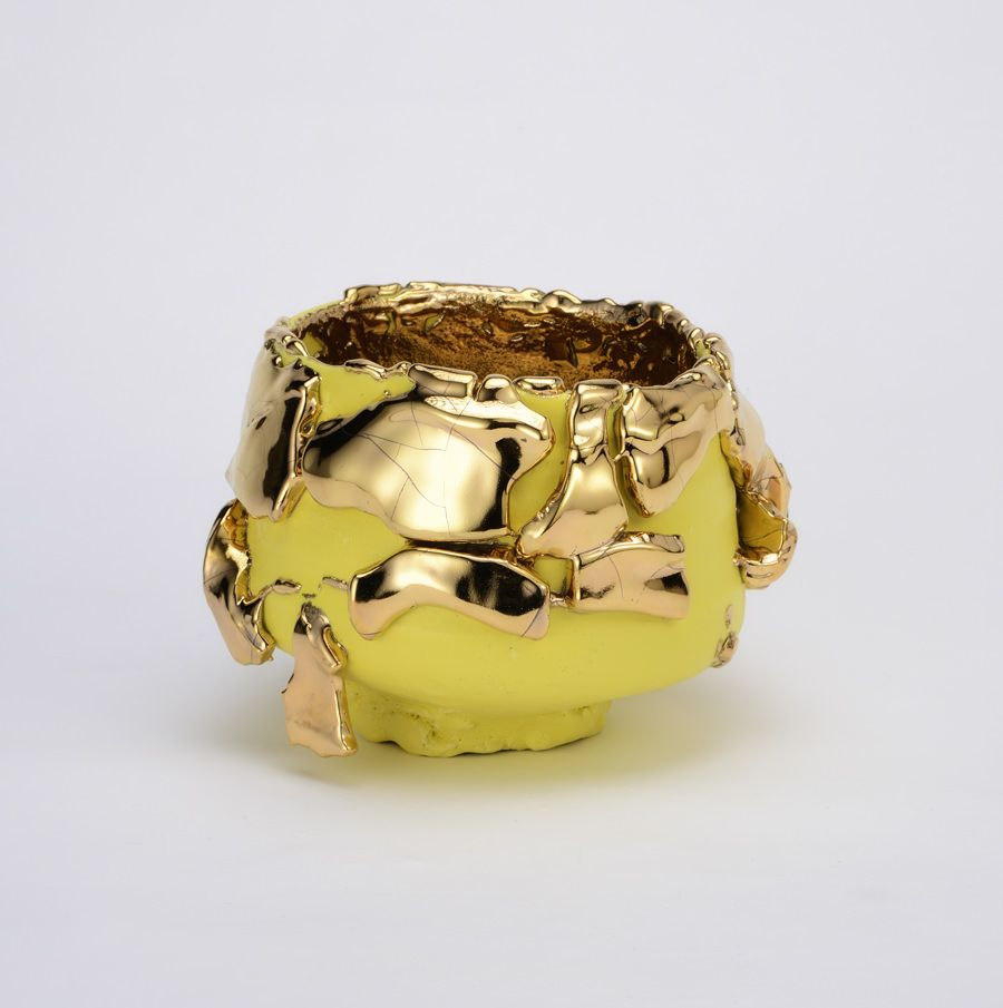 Extraordinary Contemporary Sculptures by Takuro Kuwata - Yellow-slipped Gold Kairagi Shino bowl takuro kuwata Extraordinary Contemporary Sculptures by Takuro Kuwata Extraordinary Contemporary Sculptures by Takuro Kuwata Yellow slipped Gold Kairagi Shino bowl