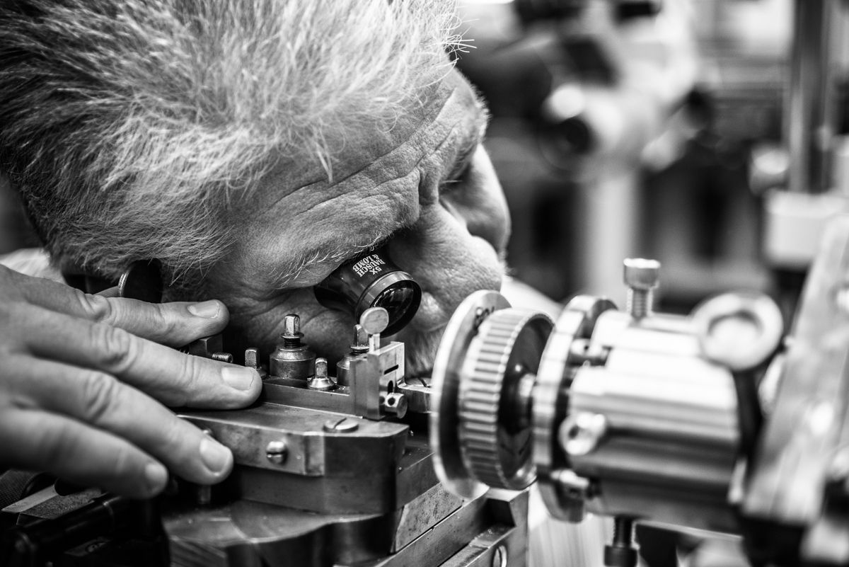 The Detailed Watchmaking Art - Watchmaker Workshop horlogerie The Detailed Watchmaking Art in Haute Horlogerie The Detailed Watchmaking Art Watchmaker Workshop
