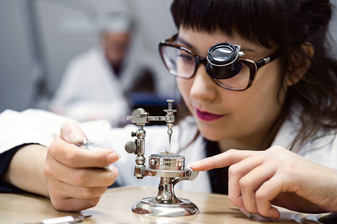 The Incredibly Detailed Watchmaking Art - Watchmaker School horlogerie The Detailed Watchmaking Art in Haute Horlogerie The Incredibly Detailed Watchmaking Art Watchmaker School