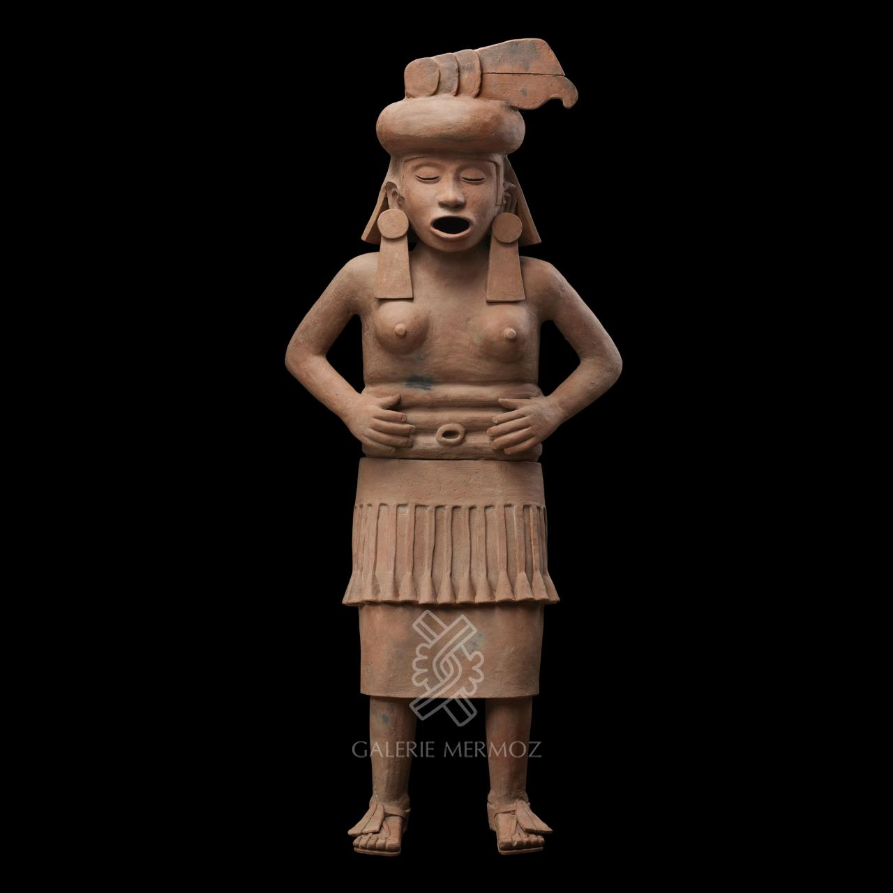 Fascinating Pre-Columbian Art at PAD Geneve 2019 Galerie Mermoz - Standing Goddess pad geneve Fascinating Pre-Columbian Art at PAD Geneve 2019: Galerie Mermoz Fascinating Pre Columbian Art at PAD 2019 Galerie Mermoz Standing Goddess
