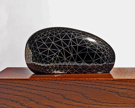 Genta Ishizuka: one of the best lacquer artist japanese lacquer artist Genta Ishizuka: one of the Best Japanese Lacquer artist Stone Lattice 8 2015urushi stone brass woodGenta IshizukaCeramics Caly
