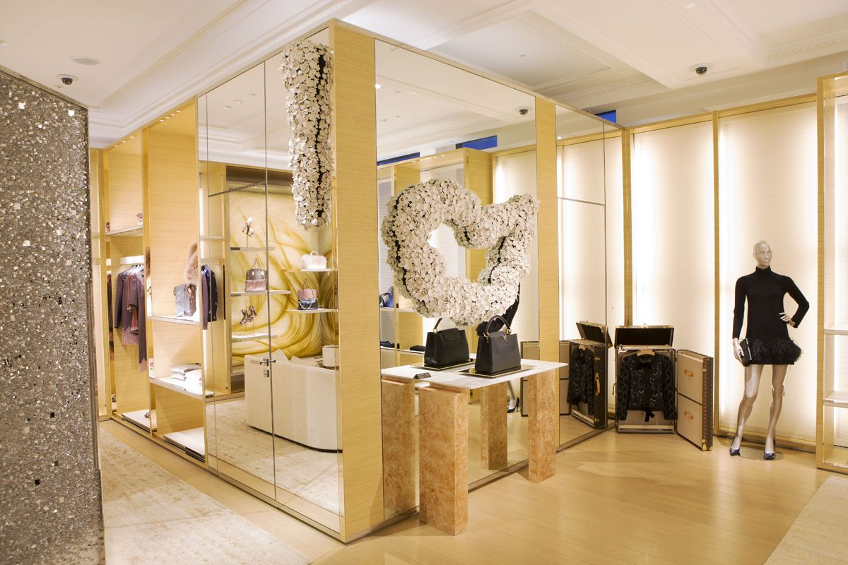 Surprising Contemporary Art and Design Barford - Selfridges London barnaby barford Surprising Contemporary Art and Design by Barnaby Barford Surprising Contemporary Art and Design Barford Selfridges London