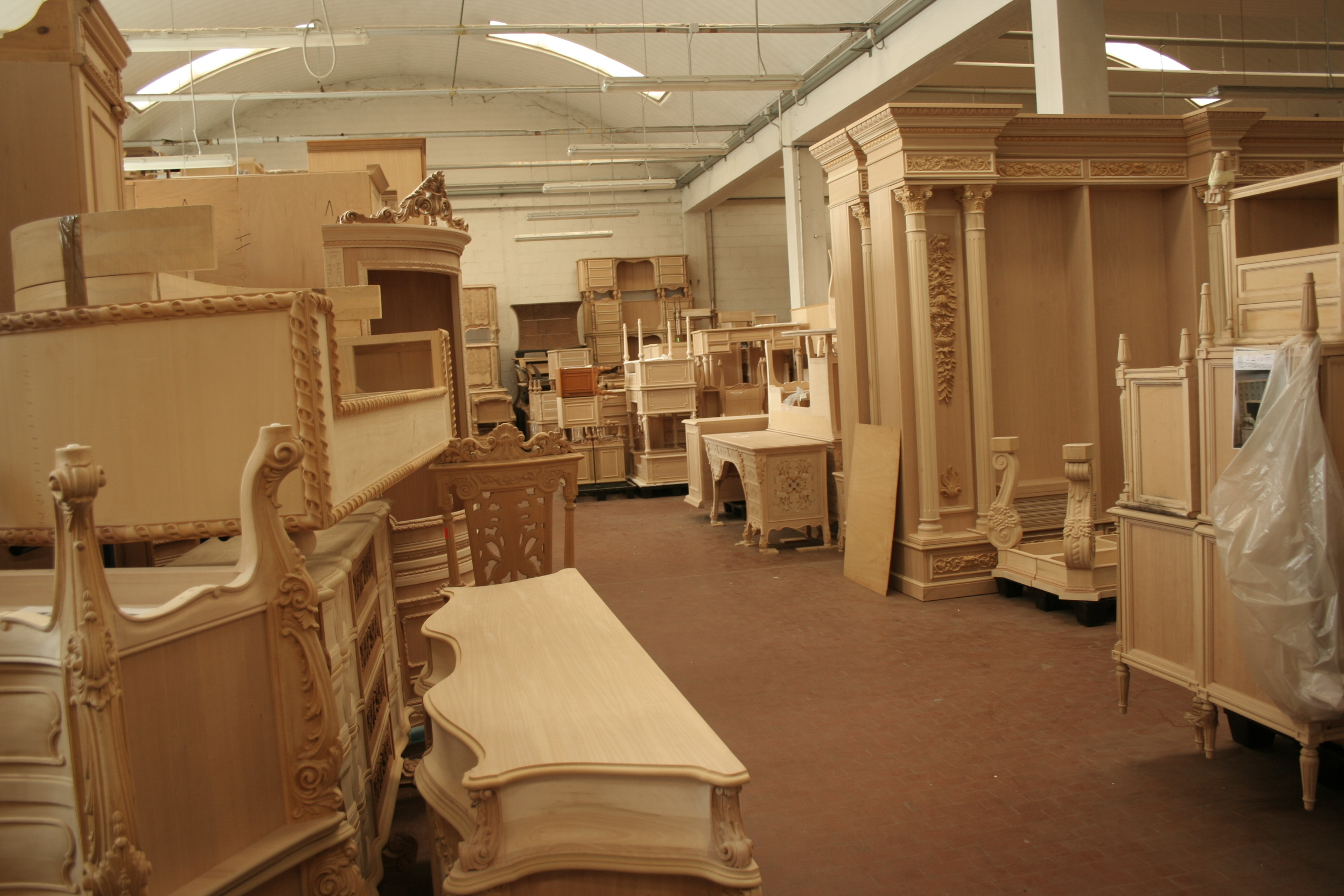 craftsmanship Behind the Scenes: Get Inspired by the Italian Craftsmanship The Most Exquisite Italian Craftsmanship Brianza Traditional Furniture Hand Craft