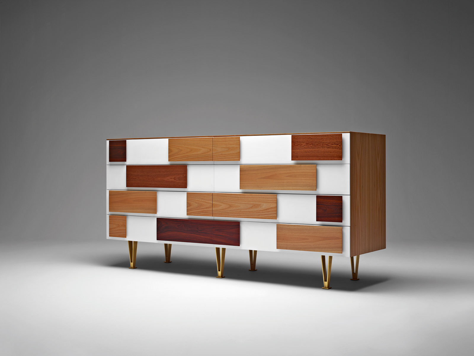 The Most Exquisite Italian Craftsmanship - Gio Ponti - Molteni&C craftsmanship Craftsmanship: The Most Exquisite Italian Arts and Crafts The Most Exquisite Italian Craftsmanship Gio Ponti MolteniC