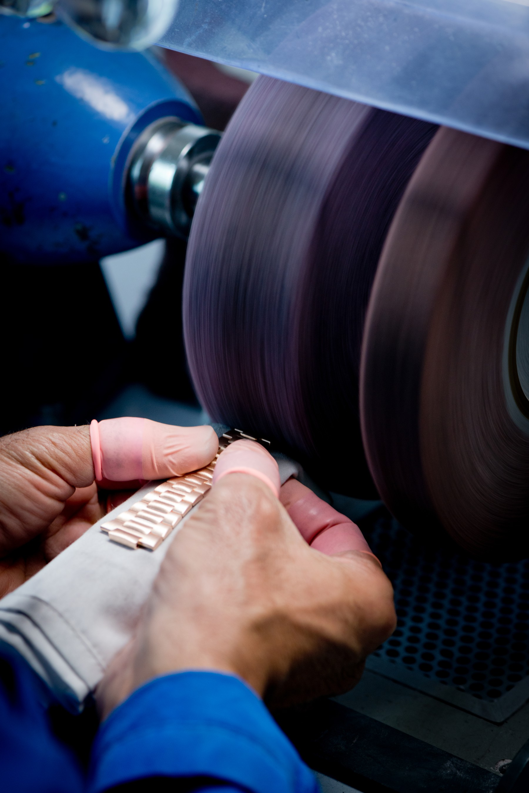 Baselworld 2019 Detailed Chainsmith's Art in Haute Horlogerie - Chain Polishing baselworld 2019 Baselworld 2019: Detailed Chainsmith's Art in Haute Horlogerie Baselworld 2019 Detailed Chainsmith   s Art in Haute Horlogerie Chain Polishing