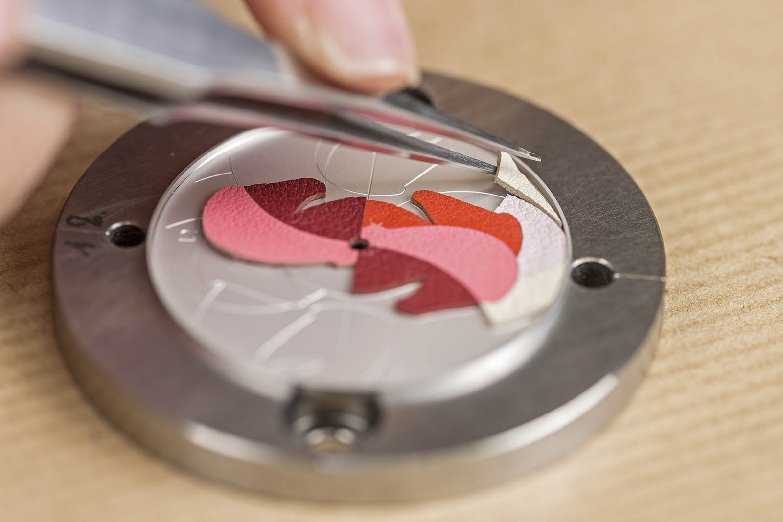 Baselworld 2019 Miniature Marquetry Art in Haute Horlogerie - Hermes - Leather - baselworld 2019 Baselworld 2019: Miniature Marquetry Art in Haute Horlogerie Baselworld 2019 Miniature Marquetry Art in Haute Horlogerie Hermes Leather