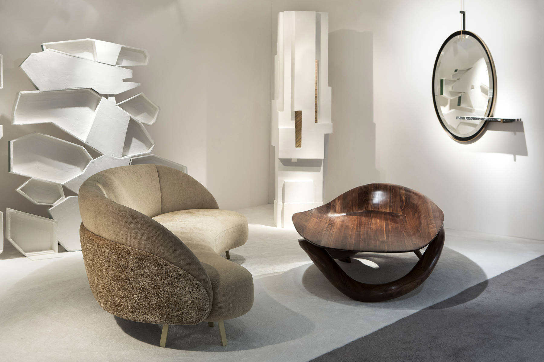 PAD Paris 2019 - Isabelle Stanislas Exquisite Designs in Galerie BSL - Interior Design - Ellipse Mirror Striped pad paris PAD Paris 2019: Isabelle Stanislas' Exquisite Designs in Galerie BSL PAD Paris 2019 Isabelle Stanislas Exquisite Designs in Galerie BSL Interior Design Ellipse Mirror Striped