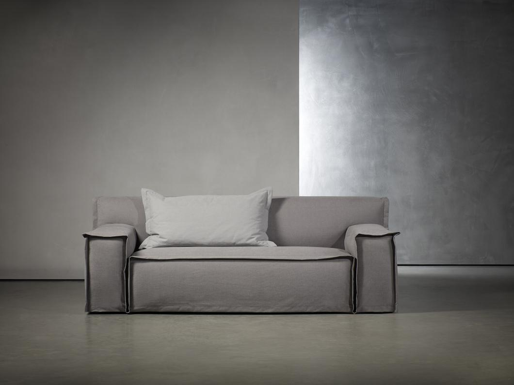 isaloni 2019 Exquisite New Furniture Collection by Studio Piet Boon - Fedde Sofa isaloni 2019 iSaloni 2019: Exquisite New Furniture Collection by Studio Piet Boon isaloni 2019 Exquisite New Furniture Collection by Studio Piet Boon Fedde Sofa