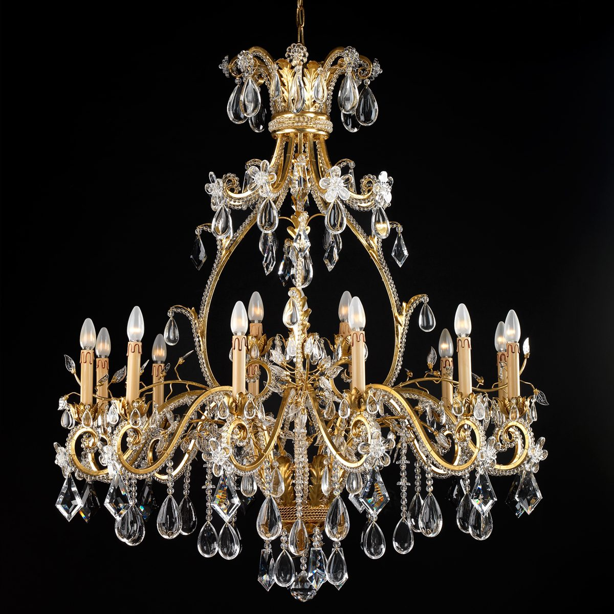 Handcrafted Lighting Designs by Badari badari Handcrafted Lighting Designs by Badari isaloni 2019 Mesmerizing Handcrafted Lighting Designs by Badari Chandelier Belle Epoque 2015