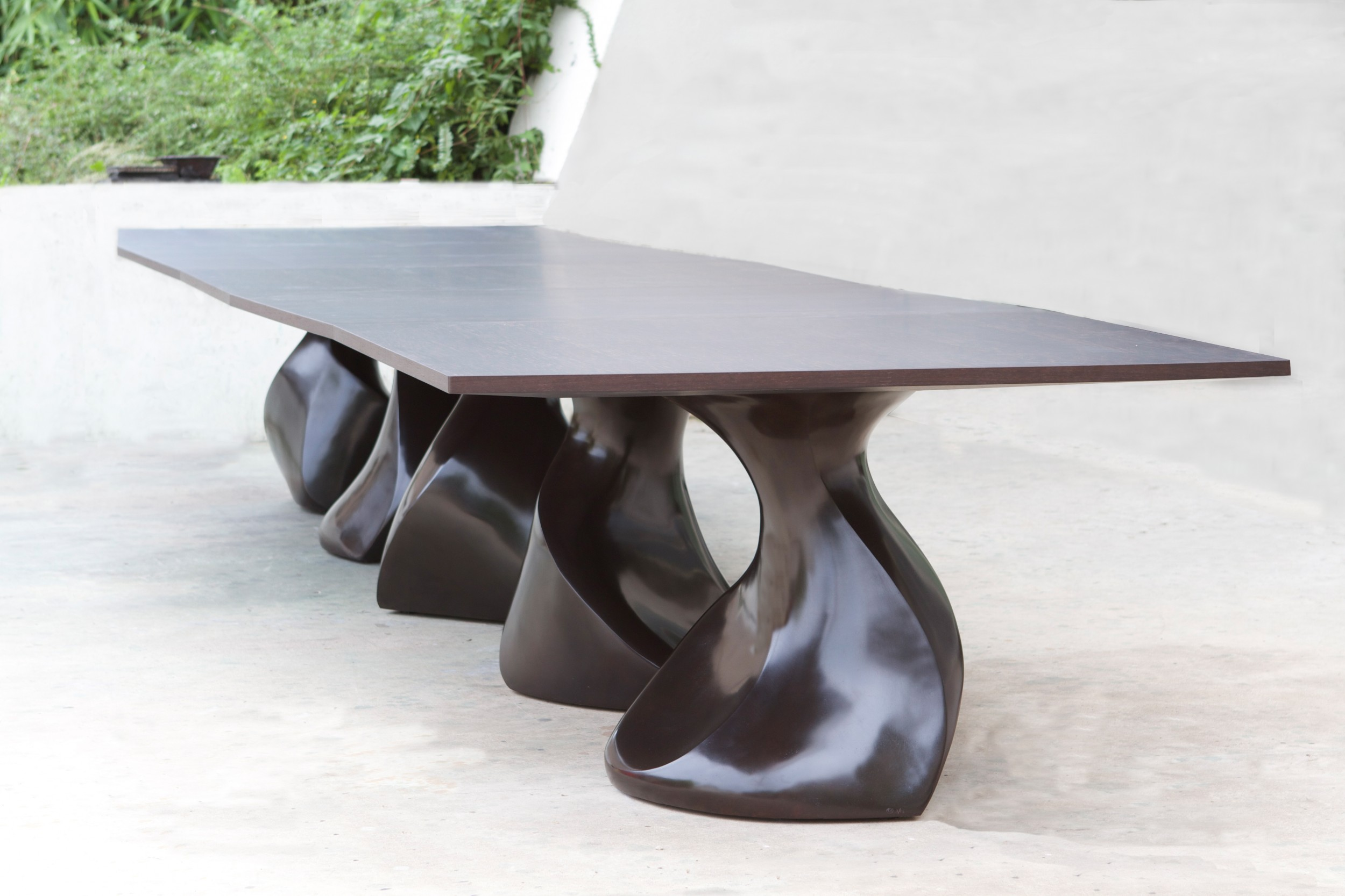 Craftsmanship Exclusive Interview with the Talented Eric Schmitt - Rocwood dining table craftsmanship Craftsmanship: Exclusive Interview with the Talented Eric Schmitt Craftsmanship Exclusive Interview with the Talented Eric Shmitt Rocwood dining table