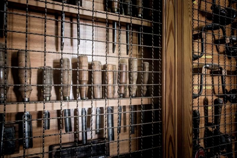 Doppia Firma by Michelangelo Foundation Portuguese Fine Craftsmanship - Emmanuel Babled and Fundação Ricardo Espírito Santo - Tools doppia firma Doppia Firma by Michelangelo Foundation: Portuguese Fine Craftsmanship Doppia Firma by Michelangelo Foundation Portuguese Fine Craftsmanship Emmanuel Babled and Funda    o Ricardo Esp  rito Santo Tools