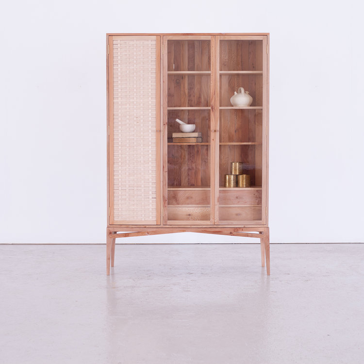 London Craft Week 2019 Are You Ready to See the Best of Fine Crafts - Sebastian Cox - Bayleaf armoire london craft week London Craft Week 2019: Are You Ready to See the Best of Fine Crafts? London Craft Week 2019 Are You Ready to See the Best of Fine Crafts Sebastian Cox Bayleaf armoire