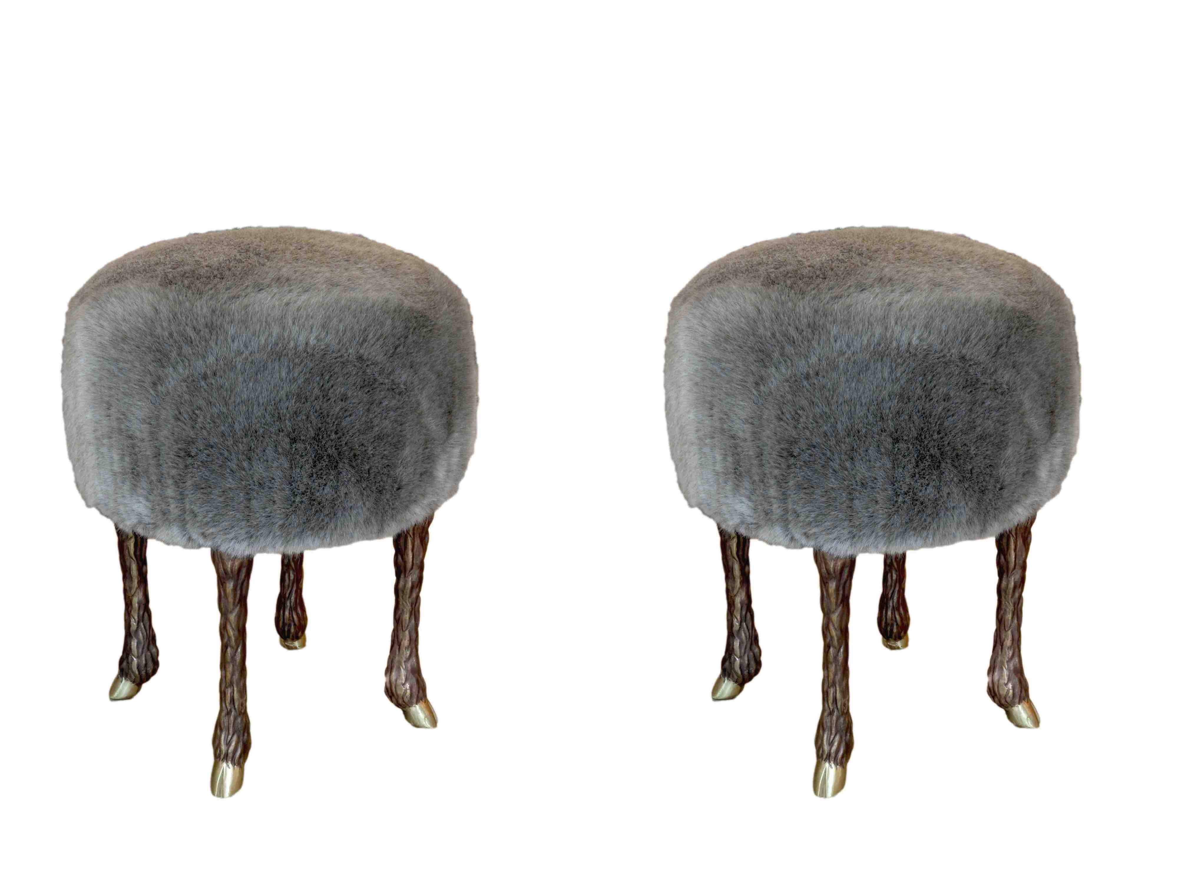 PAD Monaco 2019 New Collectible Design Wonders at Maison Rapin - Marc Bankowsky - Pair of stools covered with eco-fur pad PAD Monaco 2019: New Collectible Design Wonders at Maison Rapin PAD Monaco 2019 New Collectible Design Wonders at Maison Rapin Marc Bankowsky Pair of stools covered with eco fur
