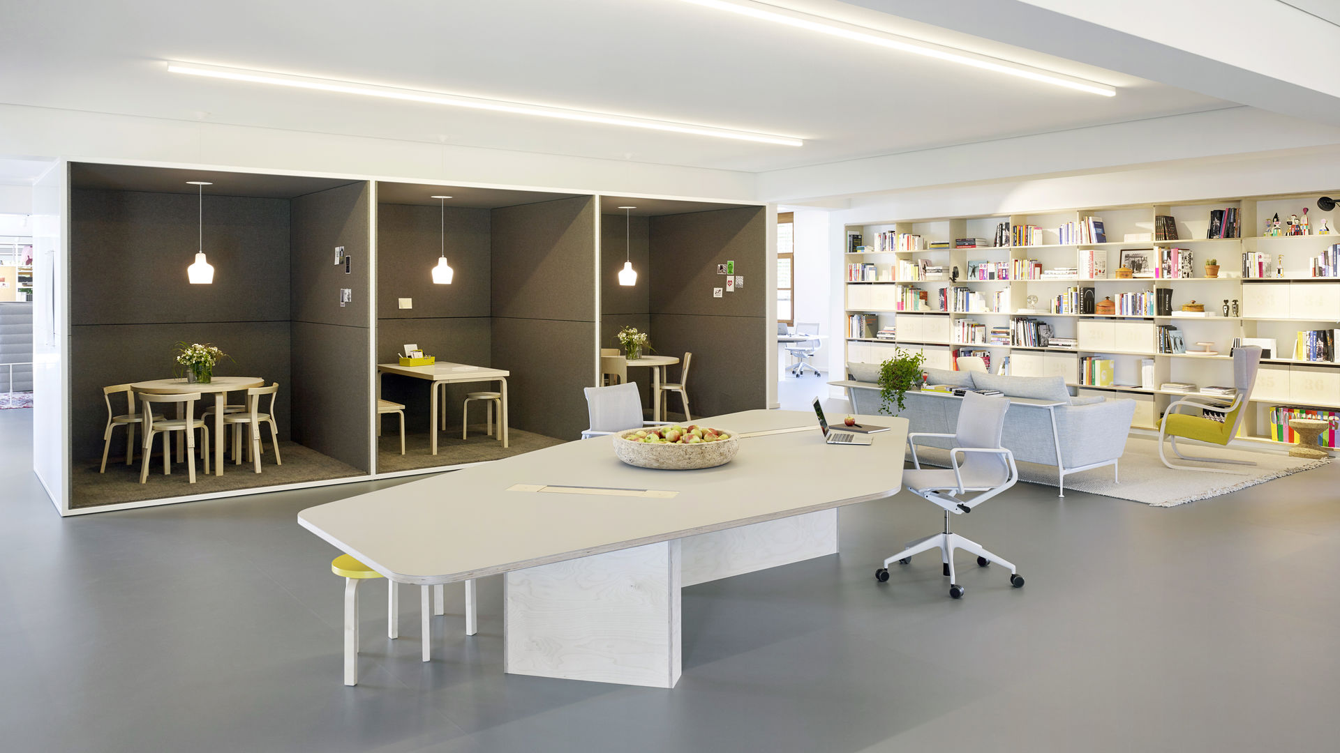 Vitra The Best of Contemporary Design and Craftsmanship - Office Decor vitra Vitra: The Best of Contemporary Design and Craftsmanship Vitra The Best of Contemporary Design and Craftsmanship Office Decor