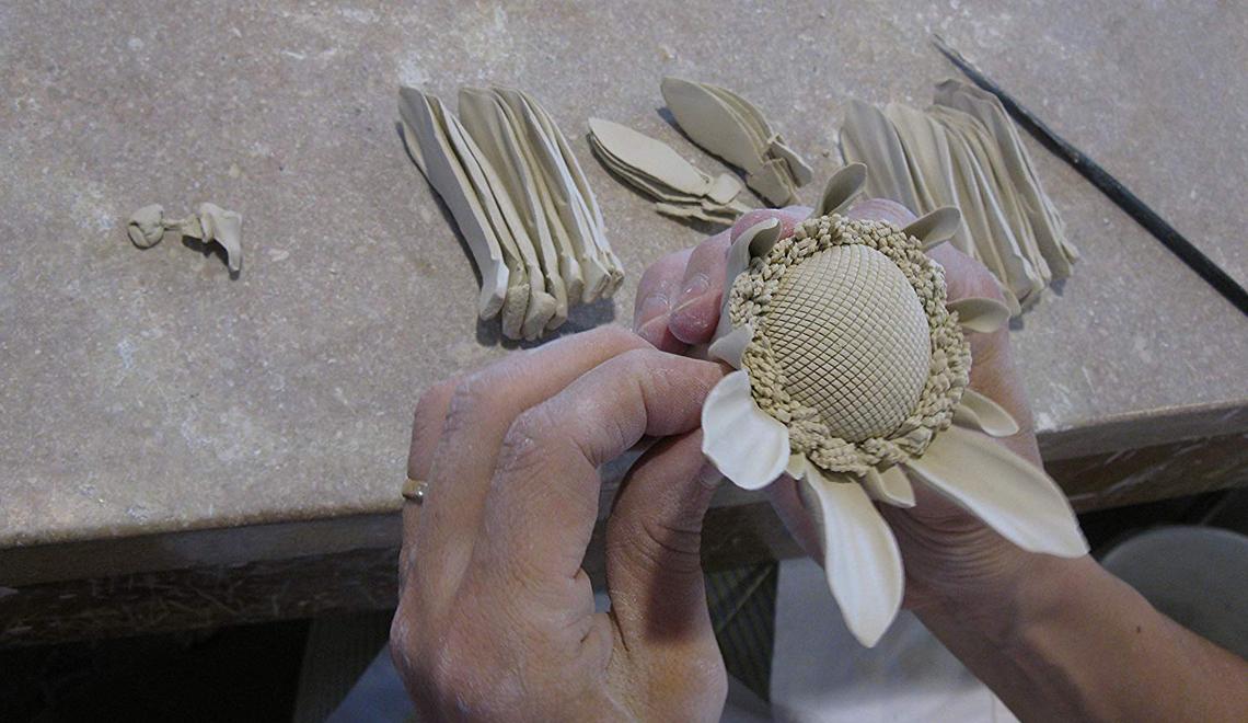iSaloni 2019 Union Porcelain's Delicate Floral Craftsmanship Wonders - isaloni 2019 iSaloni 2019: Union Porcelain's Delicate Floral Craftsmanship Wonders iSaloni 2019 Union Porcelains Delicate Floral Craftsmanship Wonders
