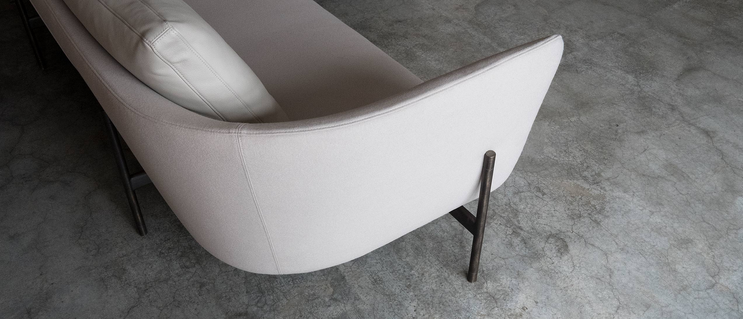 ICFF 2019 Bensen's Minimalist Contemporary Furniture Designs - Loft Sofa - - icff ICFF 2019: Bensen's Minimalist Contemporary Furniture Designs ICFF 2019 Bensens Minimalist Contemporary Furniture Designs Loft Sofa 1 1