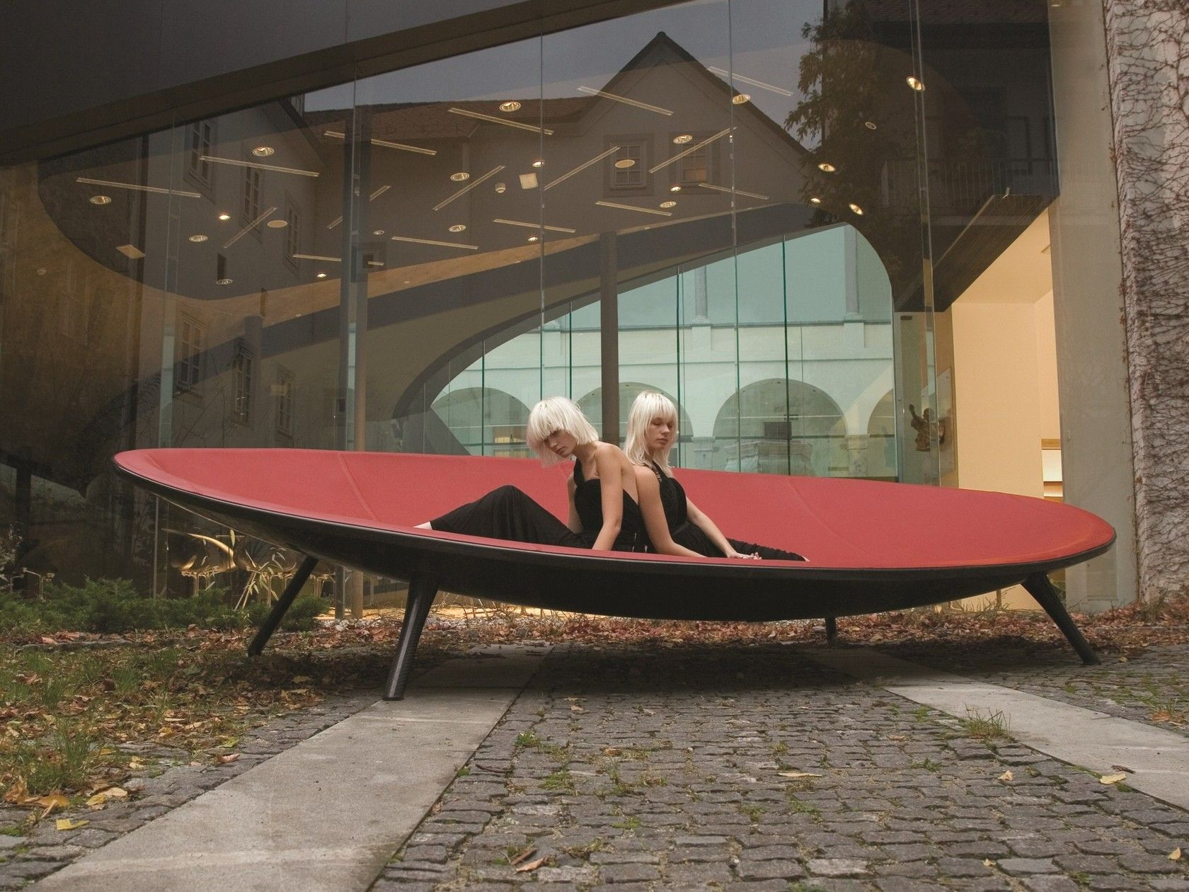 ICFF 2019 Tokio's Contemporary Avant-garde Furniture Designs - Isle Lounge - - icff ICFF 2019: Tokio's Contemporary Avant-garde Furniture Designs ICFF 2019 Tokios Contemporary Avant garde Furniture Designs Isle Lounge 1 1