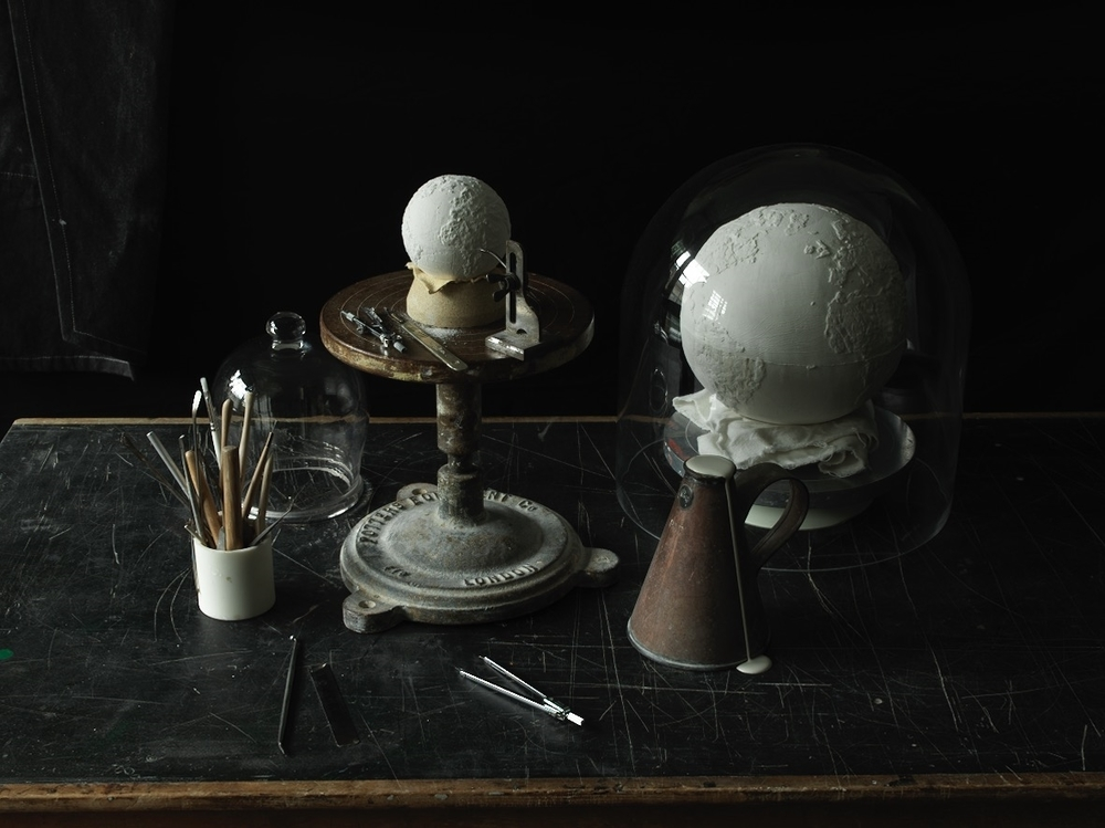 London Craft Week 2019 Delicate Handcrafted Porcelain Globes - Crafting london craft week London Craft Week 2019: Delicate Handcrafted Porcelain Globes London Craft Week 2019 Delicate Handcrafted Porcelain Globes Crafting