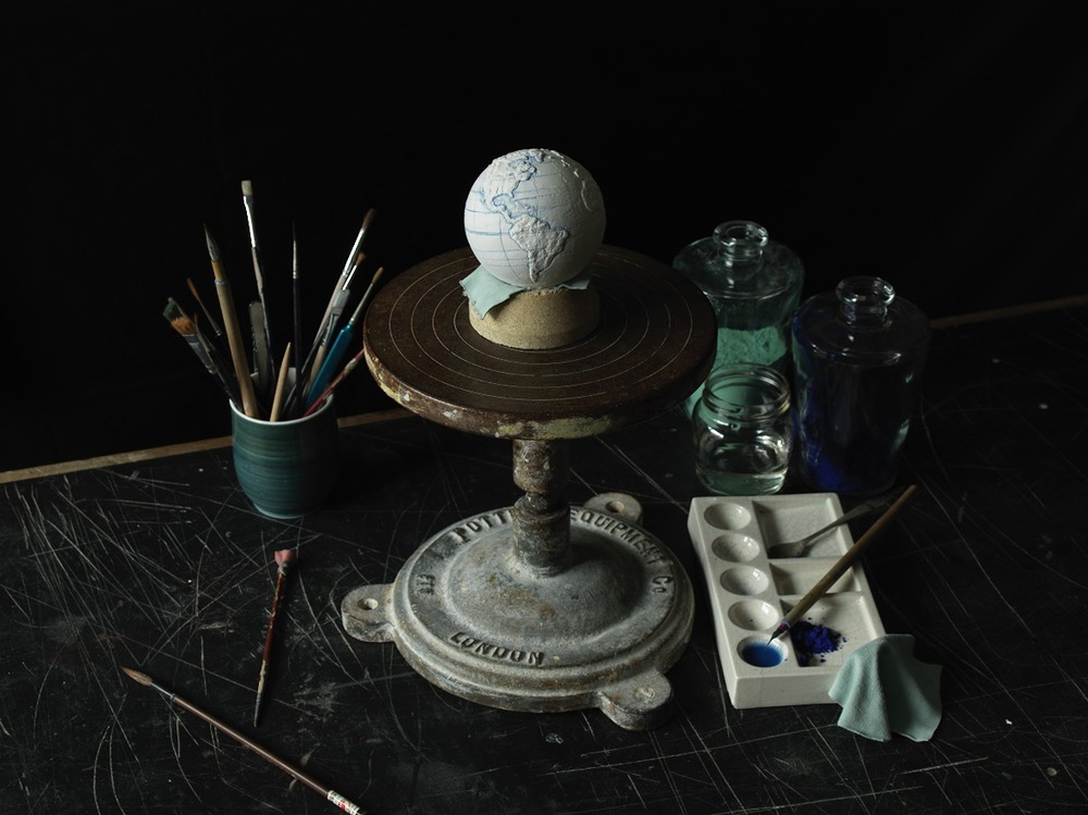 London Craft Week 2019 Delicate Handcrafted Porcelain Globes - Painting london craft week London Craft Week 2019: Delicate Handcrafted Porcelain Globes London Craft Week 2019 Delicate Handcrafted Porcelain Globes Painting