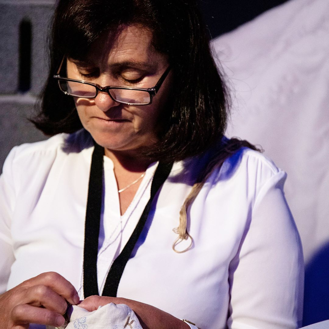 Highlights luxury design and craftsmanship summit Luxury Design & Craftsmanship Summit: Highlights Master artisan Ana Lemos from embroidery from Madeira