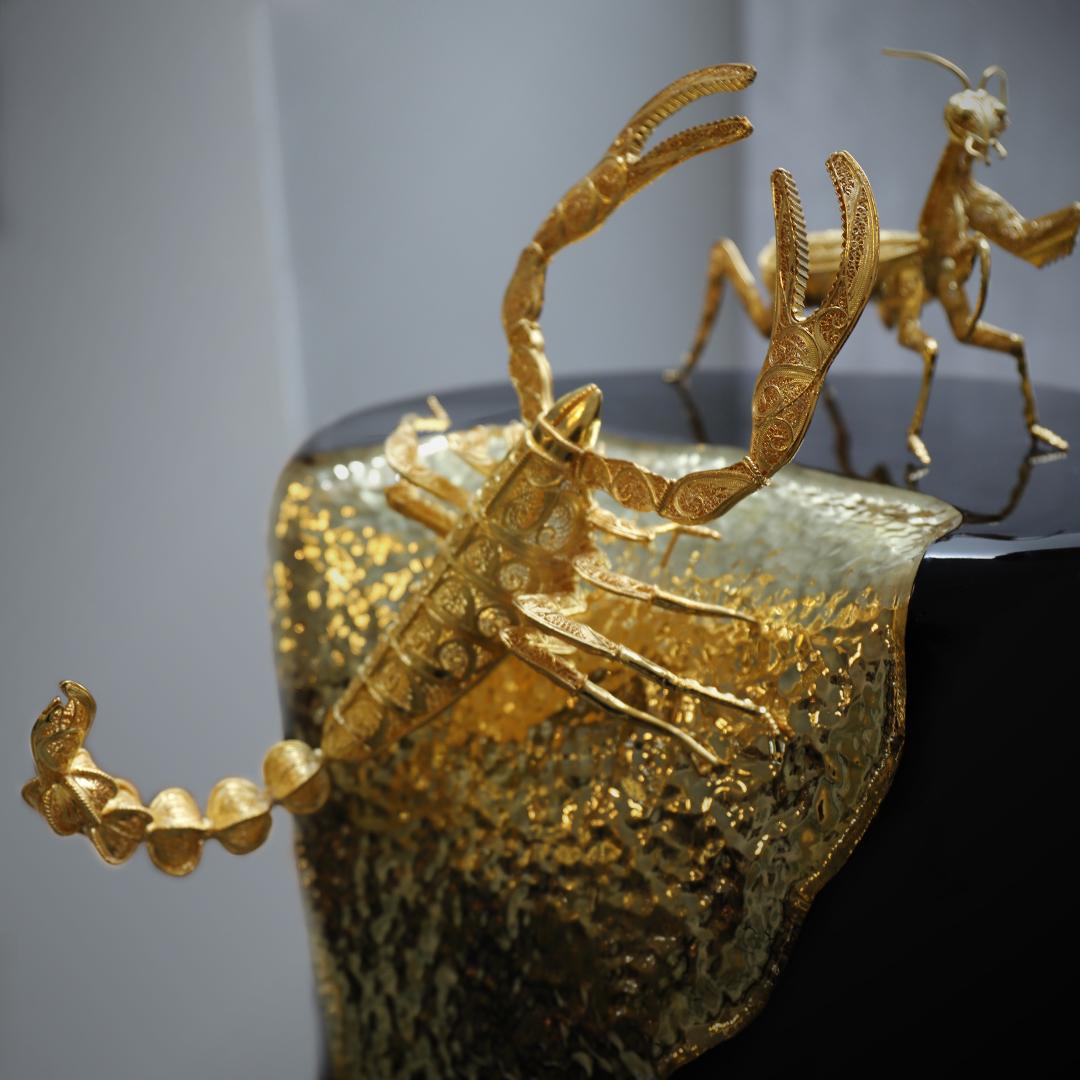 luxury design and craftsmanship summit Luxury Design & Craftsmanship Summit: Highlights stool